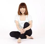 ヨガインストラクター紹介 TOMOCO